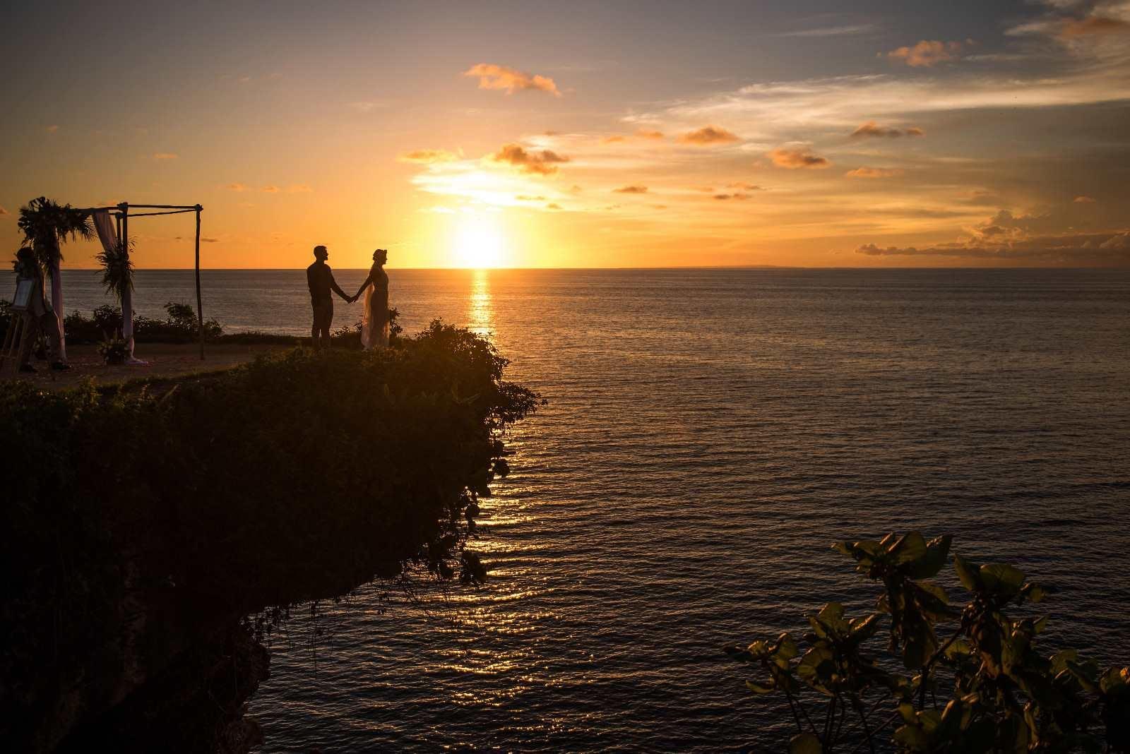 Clifftop Bali wedding (2)